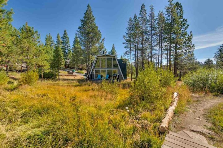 Modern Gambrel Cabin Near Ski Resorts New Listing!