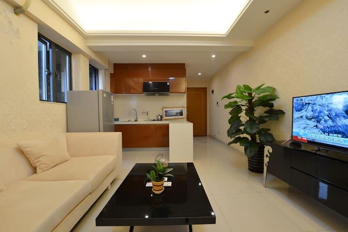 市区越王大道坚基商业中心  希尔顿公馆酒店式公寓