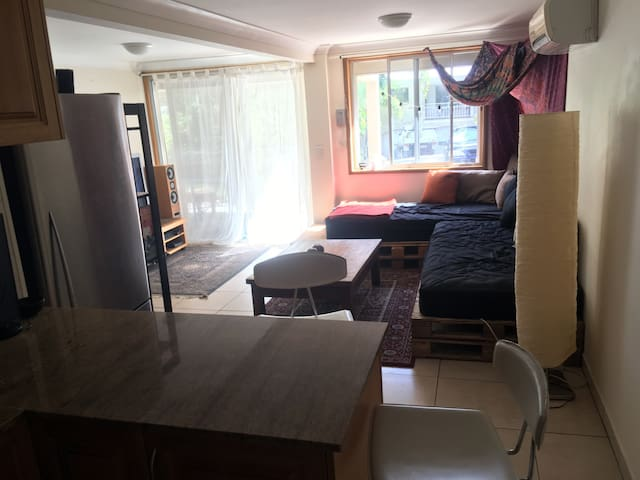 1 bedroom and 1 own bathroom house in Noosa Heads - Noosa Heads - House