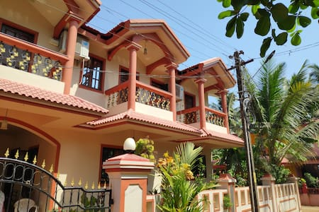 3BHK AC Complete family in South Goa