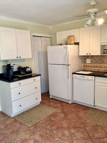 Private 1BR Condo in Stamford, CT - Stamford - Wohnung