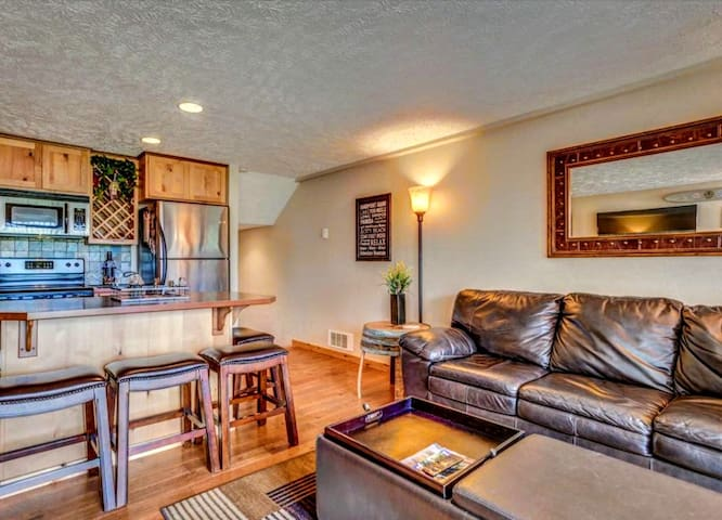 Downtown Sandpoint Waterview Condo