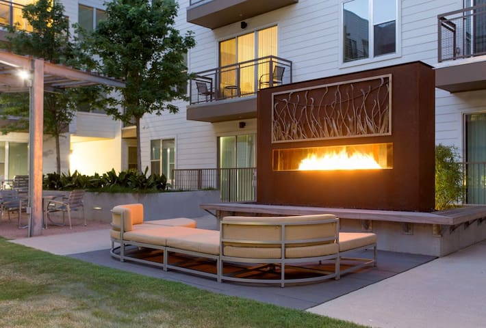 (341) Luxury 1Bedroom, 1bathroom University Park - Austin - Flat