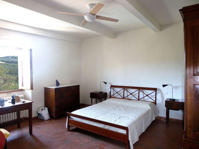 Camera matrimoniale con aria condizionata