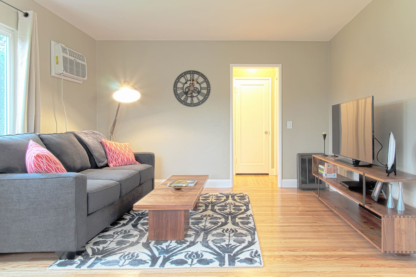 Living Room area with sofa bed with queen size pullout mattress, Air Conditioning, Gas Furnace