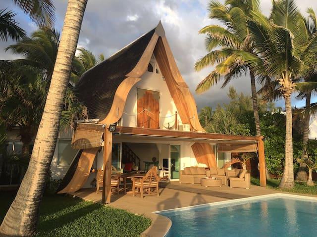 Villa Kaz Kayamb, pieds dans l'eau...