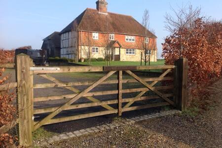 Ashurst Farm House - West Sussex