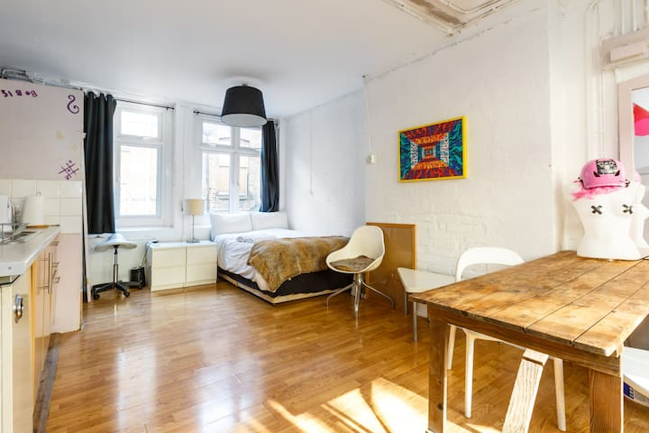 Self isolation loft hoxton square affordable
