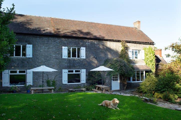 Throwley Moor Farmhouse