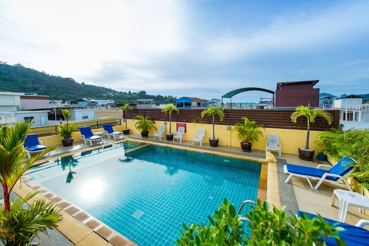 Sweet triple room in the Heart of Patong beach
