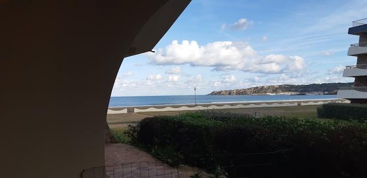 Studio 30m2 Vue mer à deux pas de la plage !
