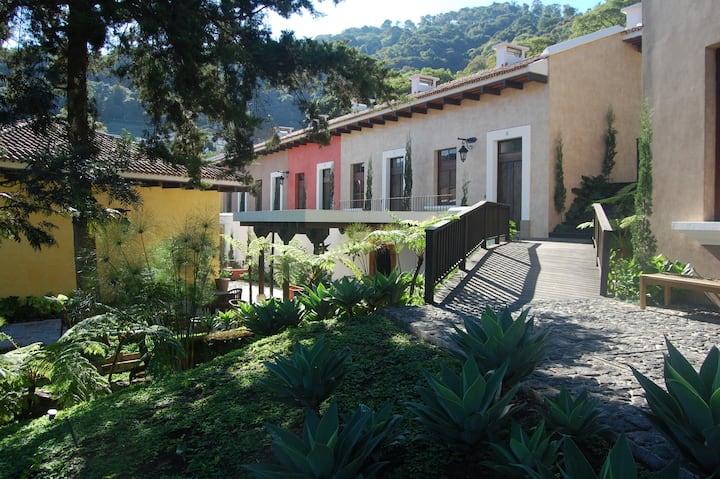 Hermosa y Cómoda Villa en Antigua Guatemala