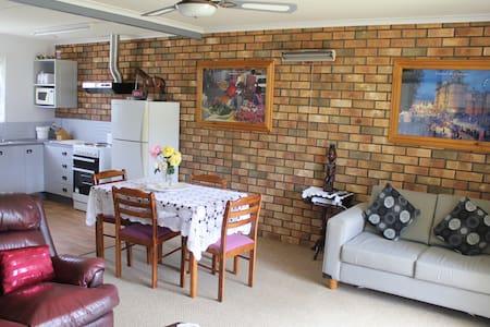 Sally's Kingscote Retreat-$59 for2  for Sep-April