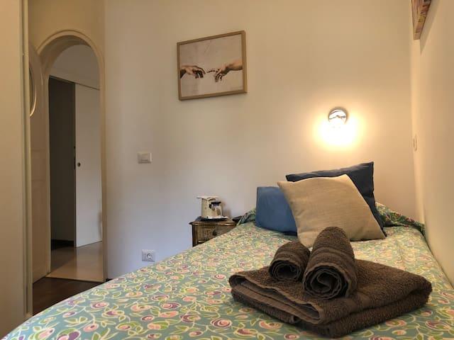 ❤️Ponte Milvio charmy bedroom  just for girls❤️