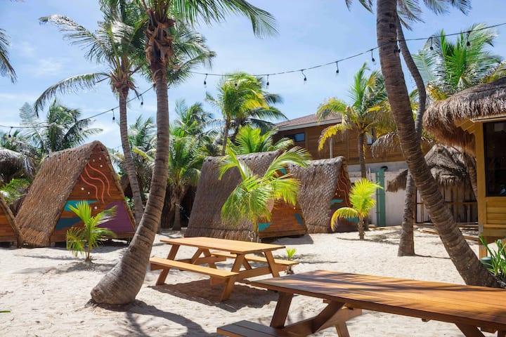 Selina Poc Na Isla Mujeres - Tepee Tent