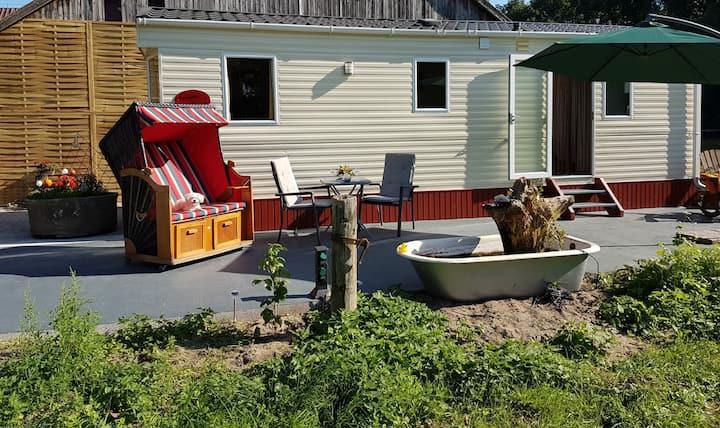 Tiny House Natur Pur Urlaub mit Pferd & Hund