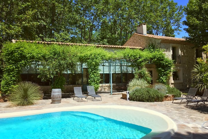 Beautiful villa in Narbonne! 5 bedrooms, pool, BBQ