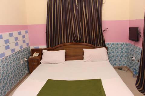 SeaDry Suites - June 12 Room