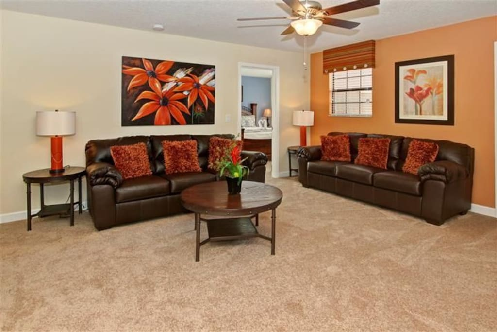 Sweet Home Vacation Rental Homes: 8 Bedrooms Pool Villa Champions Gate #6 (Living Room)