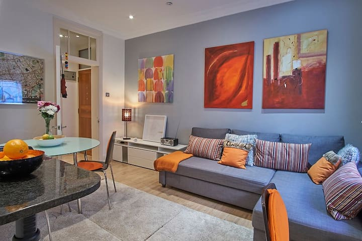 2bed2bath BOUTIQUE-SUITE OFF OXFORD ST LONG STAY