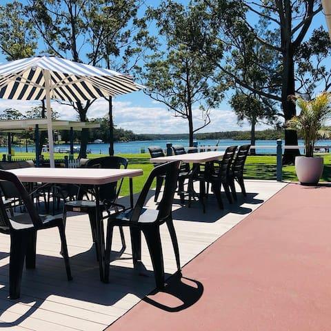 Laguna Lodge Waterfront Holiday Unit 4