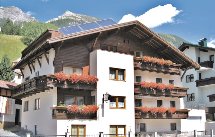 Holiday apartment with 2 bedrooms on 55m² in Pettneu am Arlberg