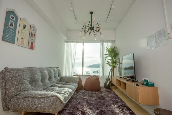 Homy Seafront Hostel Private Room #6【温馨海景旅舍独立房间#6】