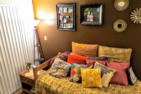 Wandering Traveler Home *New* - San Marcos - Daire