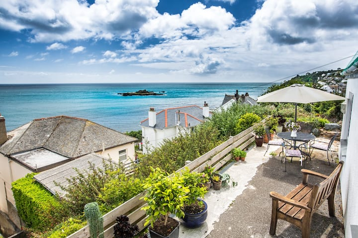 Sea view apartment in Mousehole