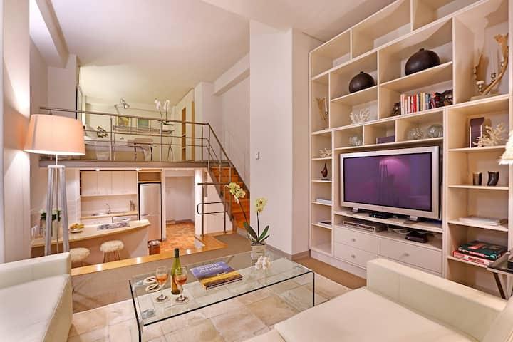 Afribode's Apartment Louis