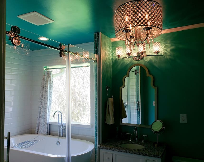 Chandelier in the bathroom? Why not?