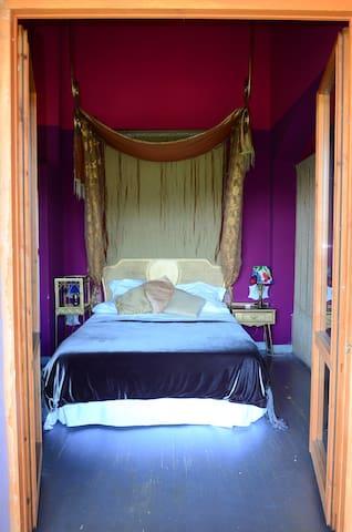 Alma de Romero    Inglaterra - Ahedo - Wohnung