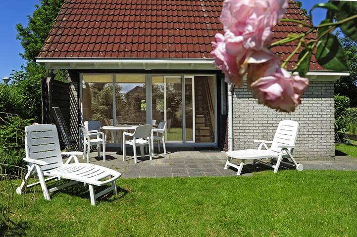 """""""Nordseedeich"""" Haus in ruhiger Lage am Lauwersmeer - Anjum - Talo"""
