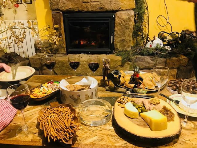 The best cheese and wine setting