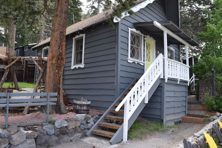June Lake Pines Cabin #3