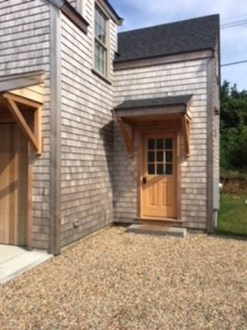 nantucket carriage house .