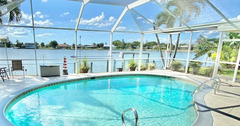 NEW! Sunshine Pool Retreat on Open Water. RELAX!