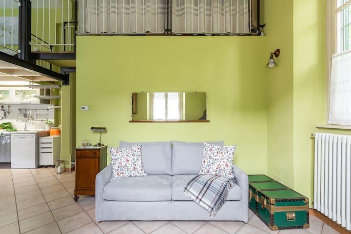 Il divano letto - The bed sofa