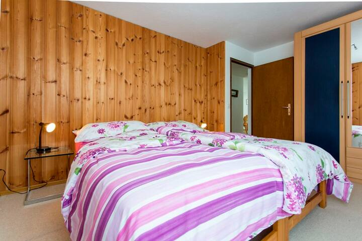 Ferienwohnung Casa Crestas 147, (Vignogn), 47000B, Apartment with Shower/Toilet for max. 6 People