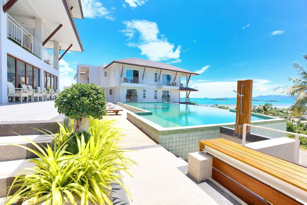 Relax By the Pool With Amazing Ocean Views