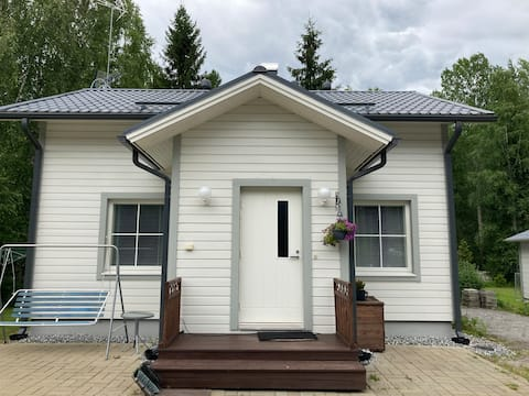 Pikkutalo/Cozy small house/Небольшой уютный дом
