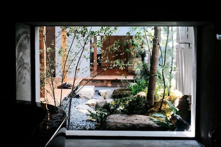 在京都感受時代的片刻, 在 A day in khaki 找到與時間的相對性- 京都120年京町家