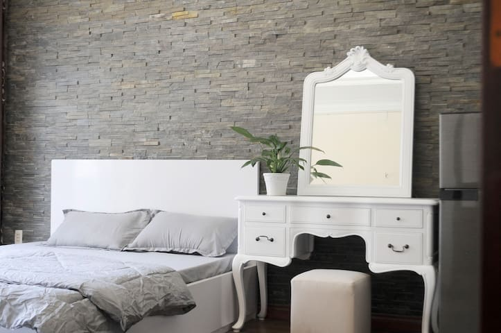 ♡ One Bedroom Apartment in Centre of Binh Thanh ♡