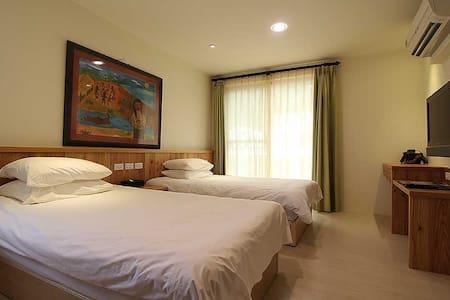 山景套房-台東高質感衝浪民宿Low Pressure Surf & Guesthouse - Donghe Township