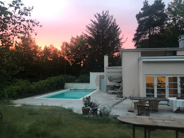 Marvelous house w/OWN heated pool & tennis court