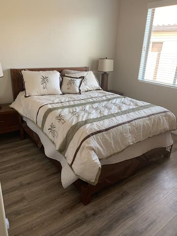 Quiet single bedroom in west valley community