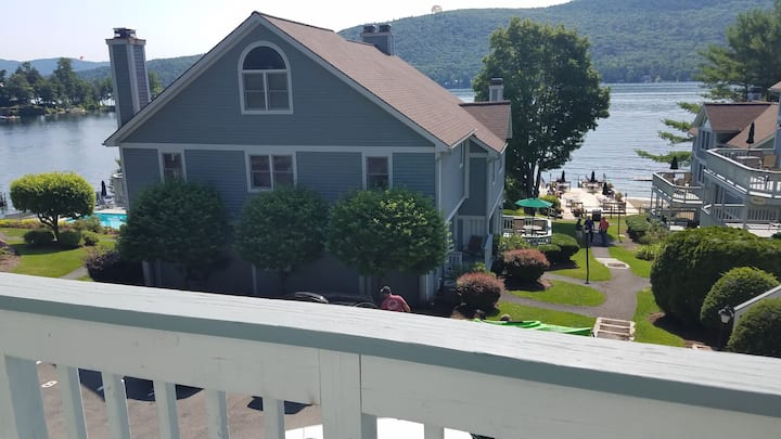 3 Bdrm Lake George Waterfront, Best Location