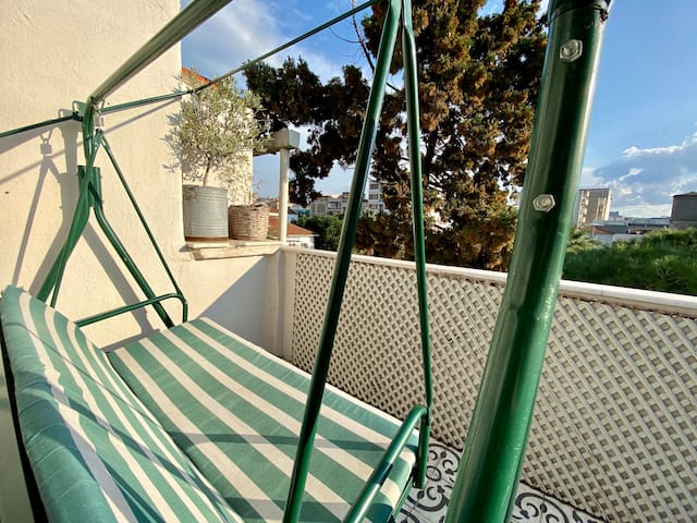 Private Floor with Terrace in Central Alsancak