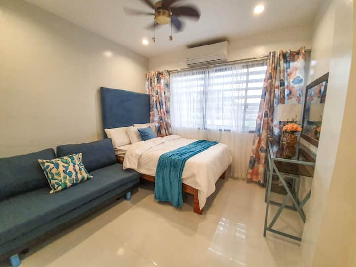 BRAND NEW Homestay best location   for 10pax