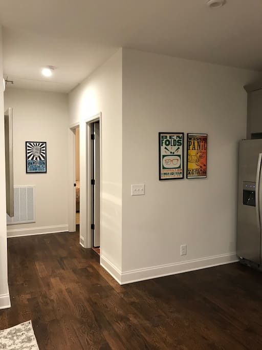 Hallway to bedrooms.